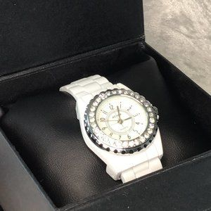 Fancy White Cuff Watch